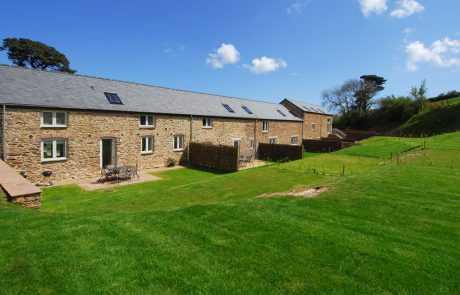 57 orchard coombe barns from rear2
